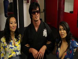 Asa Akira, Jessica Bangkok - Elvis XXX: A Porn Parody sc4, SD, 720p
