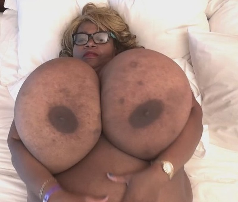 Norma Stitz – XX-Cel – Gigantic Ebony Breasts in the bedroom Video 2