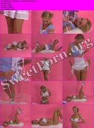 PinUpWOW.com 2007-07-08 - Hayley-Marie - Summer Romance Thumbnail