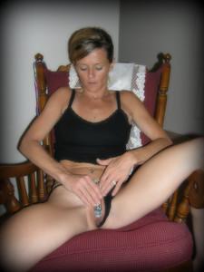 http://img29.imagetwist.com/th/16746/651eom29j5dj.jpg