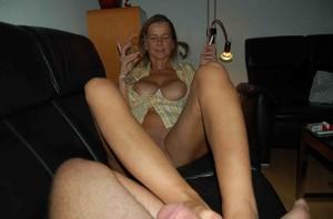 http://img29.imagetwist.com/th/16746/g7rclew429tz.jpg