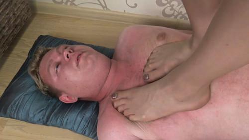 Helen - stockings trampling Full HD