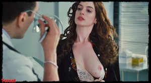 Anne Hathaway - Love and other drugs (2010) Wosutlcm1fs4
