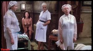 Felicity Dean,Sally Sagoe  in Steaming (1985) 9crm7ot14zq3