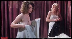 Felicity Dean,Sally Sagoe  in Steaming (1985) Kkrlx0jy00l3