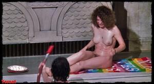 Felicity Dean,Sally Sagoe  in Steaming (1985) N6dbogemk3ld