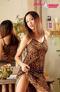 Irene Chan - China Thailand Nude