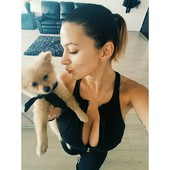 big tits cleavage girl with little dog selfie
