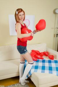 Izzy - Loving Hearts  r6qx26slx6.jpg