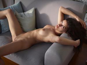 Candice-Beauty-Icon--i6tmsd9j25.jpg